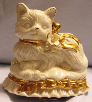Lefton Kitty Music Box