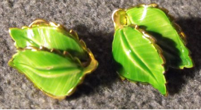 Green Leaves Clip Ons